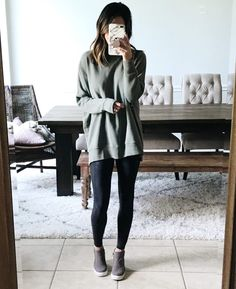 Legging outfit cute outfits with leggings, leggings outfit winter, legg Black Leggings Outfit, How To Wear Leggings, Women's Fashion Leggings, Shiny Leggings, Printed Leggings, Cheap Leggings, Tribal Leggings, Cute Legging Outfits, Leggings Style