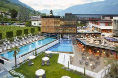 Adults Only Angebot in Südtirol: Wellness im Lindenhof - The Chill Report Hotels, Relax, South Tyrol, Wellness, Adults Only, Europe, Italy, Mansions, House Styles