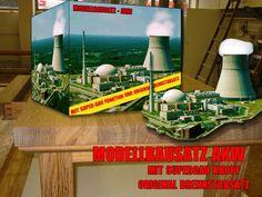 Modellbausatz Atomkraftwerk. Mit original Brennstäben und Super-Gau Knopf.