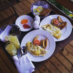 Eat Breakfast like a King ! And we did ! @bay15goa . . . . . #breakfast #monday #travel #guiltlessfoodies #foodie #sunrise #like4like #beach #vacation #likes #indian #omelette #butter #foodies #toast #croissant #pineapple #juice #instalike #cheese #marmalade #king #beachlife #likeforlike #sun #sand #sea #bay #goa #india by guiltlessfoodies