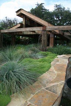 Simple Yet Elegant Modern Landscaping Design Tips – My Best Rock Landscaping Ideas Modern Landscape Design, Garden Landscape Design, Modern Landscaping, Backyard Landscaping, Australian Garden Design, Australian Native Garden, Dry Garden, Garden Paths, Bush Garden