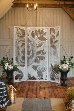 DIY screen backdrop - photo by Pill Photography http://ruffledblog.com/best-of-2014-diy #diyproject #weddingdiy #backdrops