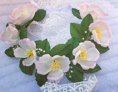 Un preferito personale dal mio negozio Etsy https://www.etsy.com/it/listing/523841915/coroncina-floreale-coroncina-di-fiori