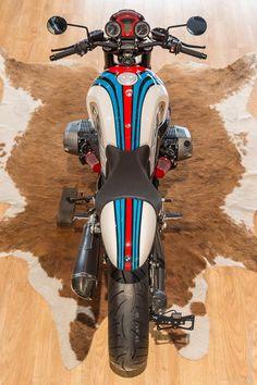 """Racing Cafè: BMW R NineT """"Martini"""" by BMW MOTO RIDE Toulouse"""