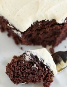 Chocolate cake with vanilla bean frosting; it uses no butter, eggs or milk, and was popular during WWII when rationing was prevalent. Banana Bread Recipes, Cake Recipes, Wacky Cake Recipe, Vanilla Bean Frosting, Apple Hand Pies, Bread & Butter Pickles, Nutter Butter Cookies, Banana Nut Bread, Icebox Cake