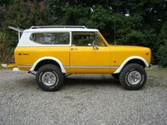 International Scout II THIS is my DREAM car!! ;) i have wanted one of these as long as I can remember!...maybe not yellow though!