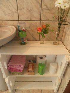 For small bathroom Diy Para A Casa, Diy Casa, Diy Home Crafts, Diy Home Decor, Crate Table, Interior Design Living Room, Small Bathroom, Diy Furniture, Decoration