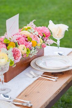 shabby chic wedding  //  mirelle carmichael photography