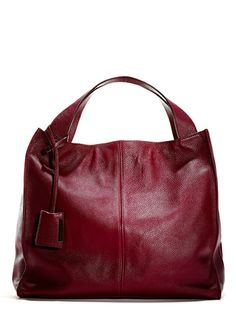 A supple mulberry leather bag is the perfect fall accessory for the matching pumps!