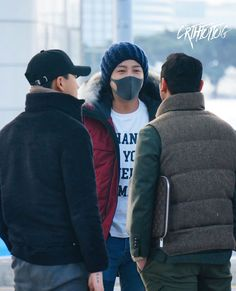 JKS 💕@ Incheon Int Airport departing to Sapporo JP 2017. 11. 28     Cr:  As tagged