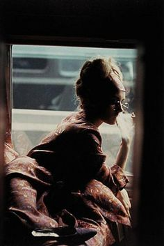 Saul Leiter photography. The master of candour! Saul leiter photos, Saul leiter photographer.