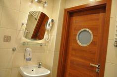 łazienka  http://www.rainbowapartments.pl/apartament-pomaranczowy/
