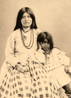 Apache Mother and Child | Edward Curtis