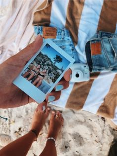 77 Summer Vibes Adventure Inspo Pictures & Ideas Visit for more summer vibes co. - 77 Summer Vibes Adventure Inspo Pictures & Ideas Visit for more summer vibes co… - Photo Polaroid, Polaroid Pictures, Bff Pictures, Beach Pictures, Polaroid Camera, Summer Dream, Summer Fun, Summer Months, Summer Bucket