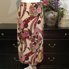 Kathie Lee Size 10 Skirt  Great Pre Loved Condition Kathie Lee Skirts Midi
