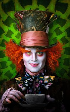 "Tim Burton's ""Alice in Wonderland"" (One of your ƒa√orite movies my sweet darling)"