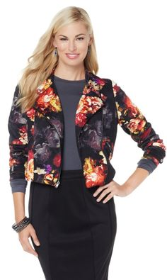 Add edgy elegance to any ensemble when pulling on this fashionable moto jacket! Paired with a sexy dress or flattering skinny jeans, this outerwear piece helps create looks that are simply amazing!