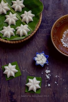 HESTI'S KITCHEN : yummy for your tummy: Jajanan Tradisional Indonesian Desserts, Asian Desserts, Thai Recipes, Asian Recipes, Tasty Thai, Thai Dessert, Tea Time Snacks, Traditional Cakes, Bread Cake