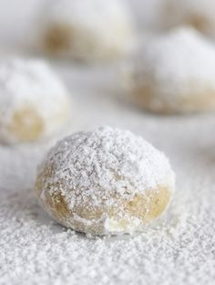 Mom's Walnut Balls – The Fed Up Foodie Hugely popular, Mom's Walnut Balls is a tender and buttery cookie recipe that my family has adored for years. Christmas isn't Christmas without this walnut cookie recipe.thefedupfoodi… via The Fed Up Foodie Walnut Cookie Recipes, Walnut Cookies, Buttery Cookies, Cookie Desserts, Yummy Cookies, Sugar Cookies, Cherry Cookies, Tea Cookies, Sweets
