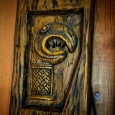 Happy Oðinn's day!  #Norse #Norway #Viking #Vikings #Land_of_the_vikings #Odin #odinsday #oðin #oðinn #vallhalla #valaskjalf #hlidskjalf #hugin #munin #carved_in_wood #Norse_handcraft #Viking_handcraft #norse_gods #ásatrú #the_old_gods #childrenofodin