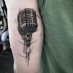 Sketched microphone by Johandry Businesz