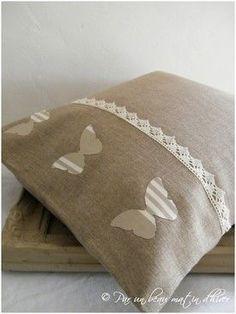 coussin, lin, ruban couture, appliqué, décoration, papillon, salon, chambre