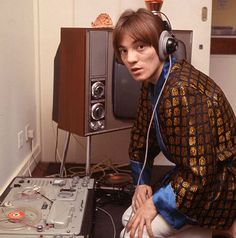 The frontman of two legendary rock bands, Small Faces and Humble Pie.It's Steve Marriott
