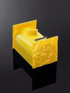 Bûche Incandescente [Sablé, candied peel, olive oil biscuit, lemon mousse] | Des Gâteaux et du Pain