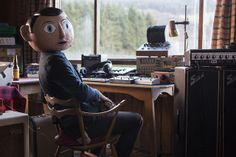 Check out our article on Frank from Lenny Abrahamson with Michael Fassbender & Maggie Gyllenhaal. Frank Movie, Maggie Gyllenhaal, Movies 2014, Michael Fassbender, Cinematography, Brave, Movie Tv, Movies, Musik