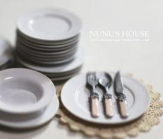 Dining room bone handled silverware for dollhouse by Nunu's House.