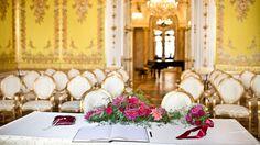 Palais Coburg - Hochzeitslocation in Wien Indoor Outdoor, Table Decorations, Vienna, Wedding, Furniture, Home Decor, Valentines Day Weddings, Decoration Home, Room Decor