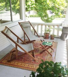 Love chilling outdoors on the porch, so relaxing when the light peaks through the trees... #deckchairs #porch #patiochairs