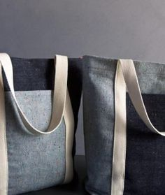 Marvelous Make a Hobo Bag Ideas. All Time Favorite Make a Hobo Bag Ideas. Fabric Bags, Denim Fabric, Denim Quilts, Tote Tutorial, Diy Tote Bag, Leather Purses, Leather Bags, Leather Wallets, Leather Briefcase