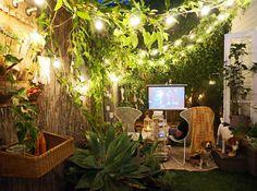 63 Stunning Small Cottage Garden Ideas for Backyard Landscaping Cottage gar. Small Flower Gardens, Small Courtyard Gardens, Small Backyard Gardens, Farm Gardens, Backyard Patio, Backyard Landscaping, Backyard Cottage, Backyard Ideas, Outdoor Gardens