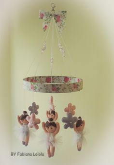 Móbile Bailarina... Baby Nursery Decor, Diy Toys, Felt Crafts, Projects To Try, Mini, Gifts, Ideas, Baby Dolls For Toddlers, Baby Mold