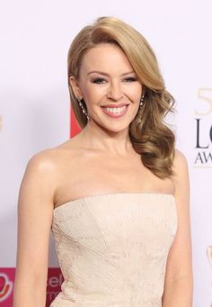 Kylie Minogue Kyle Minogue, Dannii Minogue, Alyssa Milano, Female Singers, Best Actress, Celebs, Celebrities, Madonna, Pin Up