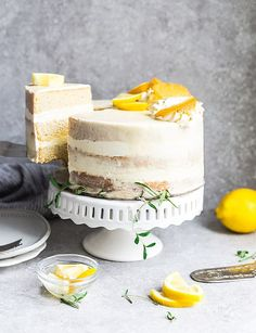 This Keto Lemon Cake is moist, soft and full of lemon flavor. It's easy to make in one bowl and the perfect low carb dessert for spring and summer parties. Paleo Lemon Cake, Sugar Free Lemon Cake, Gluten Free Lemon Cake, Keto Cake, Sugar Free Desserts, Lemon Desserts, Low Carb Desserts, Gluten Free White Cake Recipe, Lemon Cakes