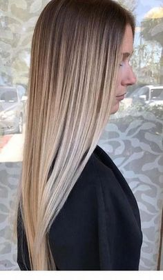 170 flattering balayage hair color ideas – page 38 Brown Ombre Hair, Brown Blonde Hair, Ombre Hair Color, Hair Color Balayage, Hair Highlights, Short Blonde, Blonde Balayage, Balyage Hair, Balayage Straight Hair