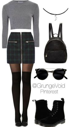 How to dress in autumnal winter with a plaid skirt - Fashion - Winter Mode 90s Fashion Grunge, Grunge Outfits, Look Fashion, Teen Fashion, Winter Outfits, Winter Fashion, Casual Outfits, Fashion Outfits, Womens Fashion
