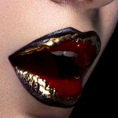 Makeup artist: #moisesramirezbeauty #lips #art