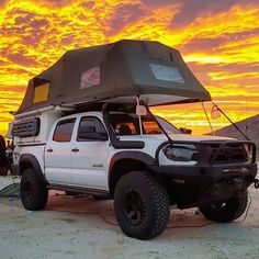 Toyota Goes Camping - Today Pin Toyota Hilux, Toyota Autos, Toyota 4x4, Toyota Trucks, Toyota Tundra, Tacoma Toyota, Top Tents, Roof Top Tent, Truck Canopy Camping