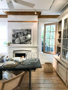 Best Hamptons Shops - The Shopkeepers Die Hamptons, East Hampton, Neutral Colour Palette, Contemporary Photography, Interior Design Studio, Handmade Design, Modern Classic, Color Mixing, Home Furnishings