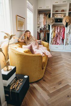 Classy Closets, Dream Closets, Rangement Makeup, Herringbone Wood Floor, Bed In Closet, Wardrobe Closet, Closet Designs, Home Living, Living Rooms