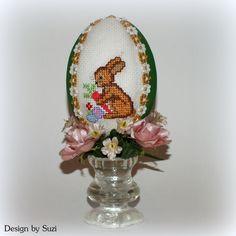 Design by Suzi: Veľká noc sa blíži! Crossstitch, My Works, Easter Eggs, Snow Globes, Jar, Spring, Pictures, Design, Decor