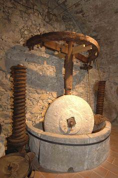 Pigna, antico frantoio, Liguria - © Paolo Picciotto