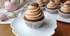 Brownie cupcakes s karamelovým krémem Brownie Cupcakes, Cheesecake Brownies, Mini Cupcakes, Diy And Crafts, Food And Drink, Sweets, Baking, Desserts, Blog