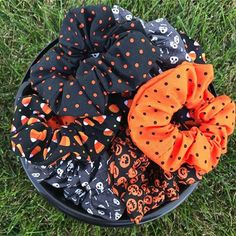 We still have Halloween Scrunchies on the website! Order yours by Friday, October 26th to get it before Halloween! Halloween 2019, Spooky Halloween, Happy Halloween, Halloween Decorations, Halloween Party, Halloween Gifts, Autumn Aesthetic, Happy Fall Y'all, Hallows Eve