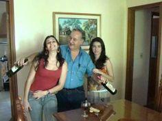 """ANIVERSÁRIO JOSE ANTONIO 2010 AOS AMIGOS (AS), e família, em 2014 vamos comemorar nosso aniversário com talento, e muito vinho, cerveja e aquele churrasco.  A """"vaquinha....já está aberta com o Gui - Notas de R$ 50,00 +"""""""