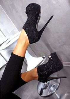 WOMENS HIGH HEELS. I have a similar pair to these shoes