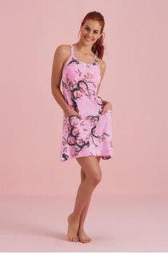 Batola halter Dresses, Fashion, Love Story, Underwear, Vestidos, Moda, Fashion Styles, Dress, Fashion Illustrations